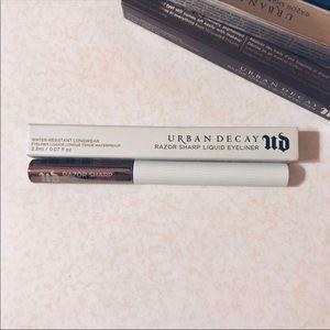 Urban Decay Razor Sharp Liquid Eyeliner, NIB